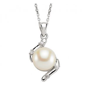 0.04ct. Diamond 14K Solid Gold Pearl Necklace