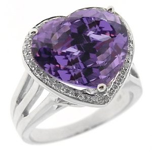 0.17ct. Diamond 18K Solid Gold Modern Design Heart Amethyst Ring