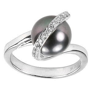 0.15ct. Diamond 18K Solid Gold Modern Design Pearl Ring