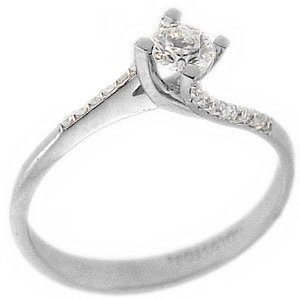 0.23ct. Diamond 18K Solid Gold Solitaire Sidestones Ring