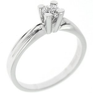0.16ct. Diamond 18K Solid Gold Solitaire Classic Ring