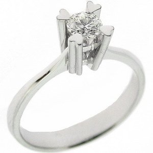 0.34ct. Diamond 18K Solid Gold Solitaire Heart Ring