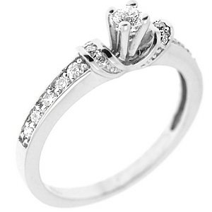 0.26ct. Diamond 18K Solid Gold Solitaire Sidestones Ring