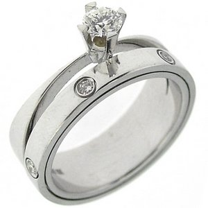 0.37ct. Diamond 18K Solid Gold Solitaire Sidestones Ring