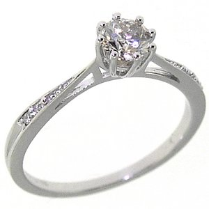 0.58ct. Diamond 18K Solid Gold Solitaire Sidestones Ring