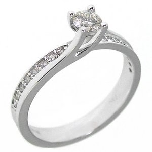0.4ct. Diamond 18K Solid Gold Solitaire Sidestones Ring