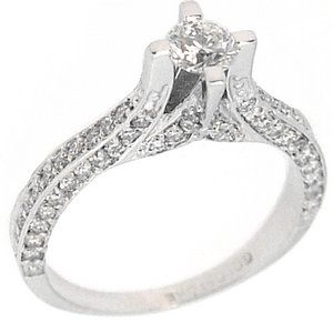 0.79ct. Diamond 18K Solid Gold Solitaire Sidestones Ring