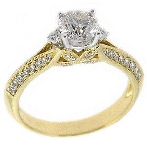 0.99ct. Diamond 18K Solid Gold Solitaire Sidestones Ring
