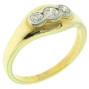 0.26ct. Diamond 18K Solid Gold 3 Stone Ring