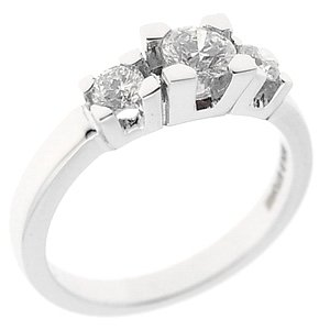 0.77ct. Diamond 18K Solid Gold 3 Stone Ring