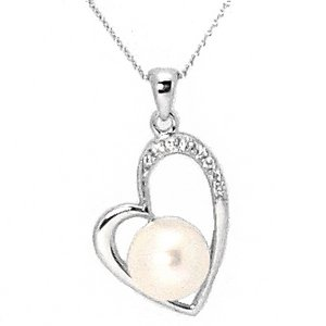 0.06ct. Diamond 18K Solid Gold Heart Pearl Necklace