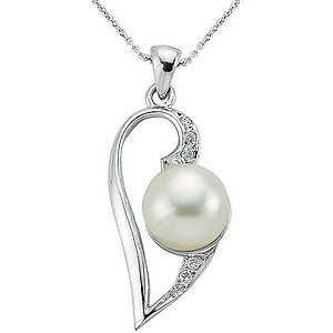 0.04ct. Diamond 925K Silver Heart Pearl Necklace