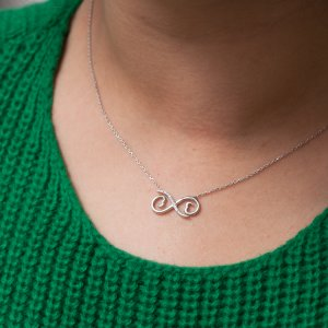 0.05ct. Diamond 925K Silver Heart Infinity Necklace