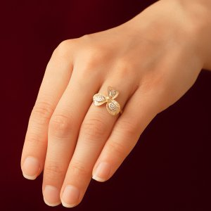 14K Solid Gold Modern Design Flower Ring
